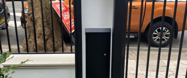 Automatic sliding gate railings and custom mail box-2