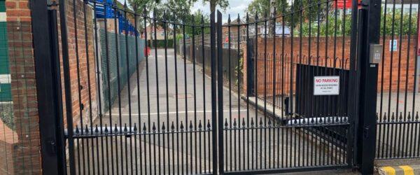 School gates railings & Automation-2
