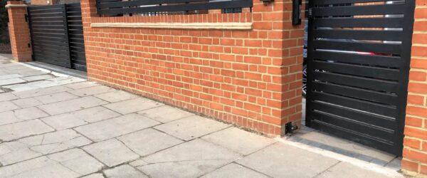 Teliscopic electric sliding gate railing single gate & entryphone-04