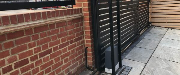 Teliscopic electric sliding gate railing single gate & entryphone-09