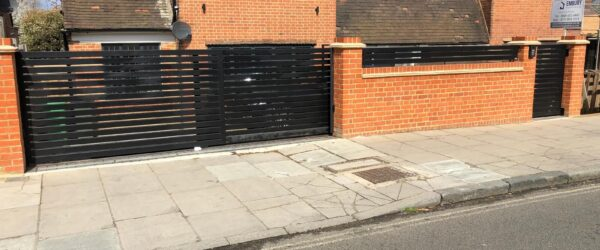 Teliscopic electric sliding gate railing single gate & entryphone-11