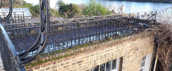 Balcony railing1